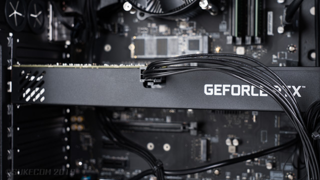 外排気GPU